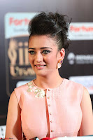 Akshara Haasan in Peachy Crop Top Choli Skirt at IIFA Utsavam Awards 49.JPG