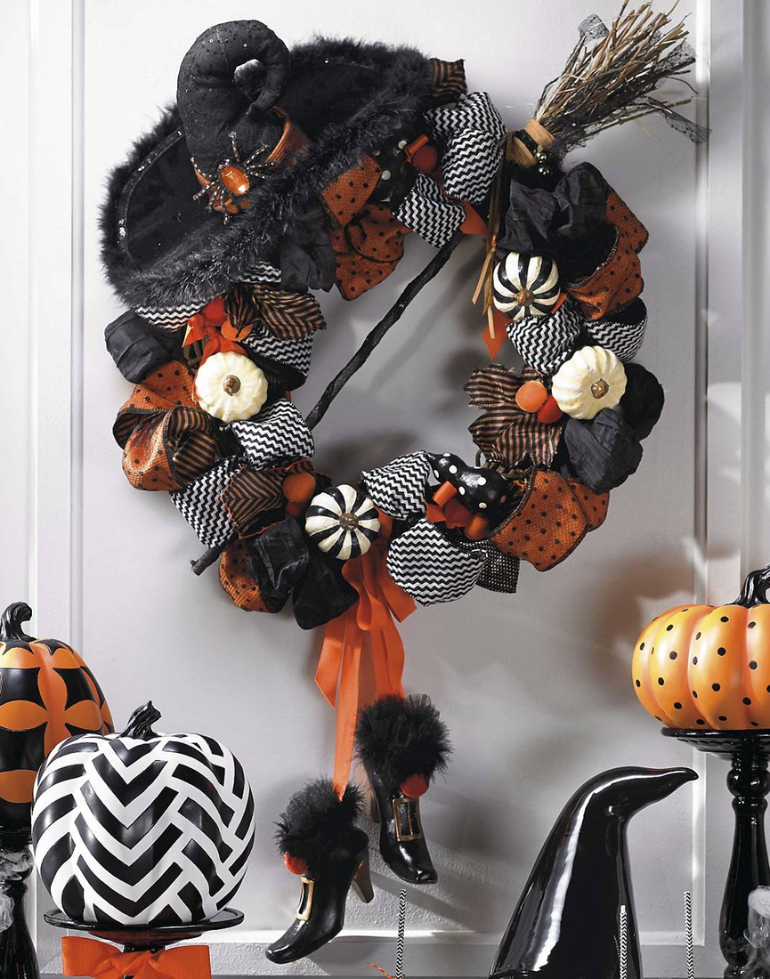 Grandin Road Cast a Spell Wreath