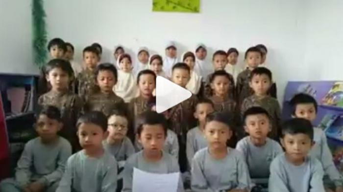 Jadi Viral, Video Puluhan Anak Kecil Ajak Aksi Damai 4 November, Kata-katanya Menyentuh