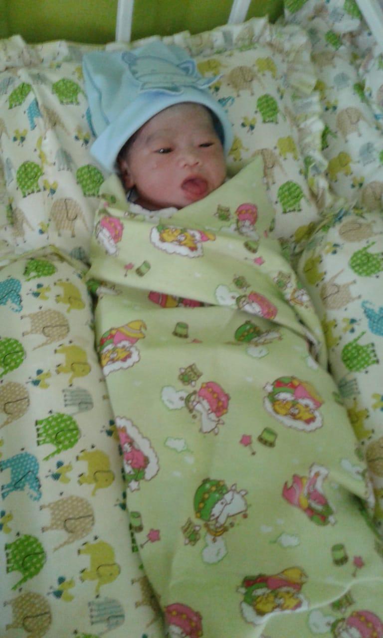 memetri kelahiran ponakan