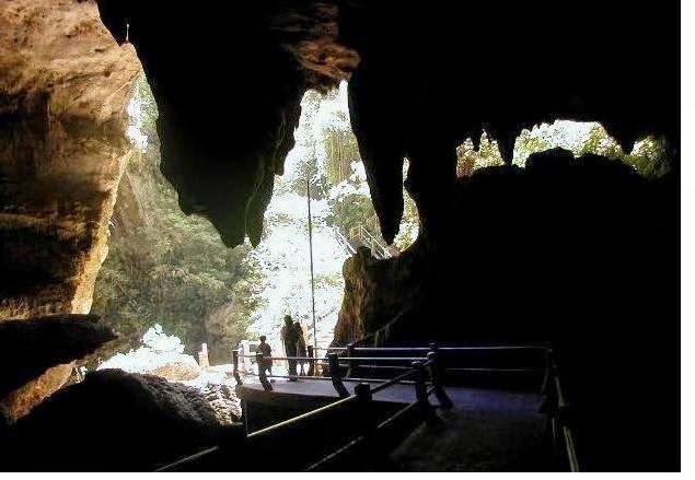 Tempat Wisata Di Kabupaten Trenggalek