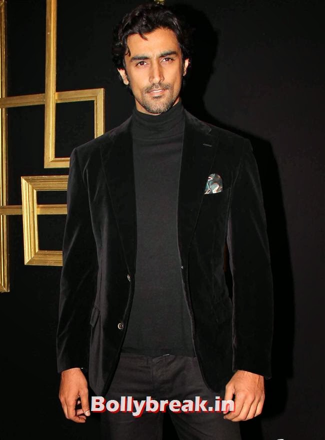 Kunal Kapoor, All Bollywood Celebs at Deepika Padukone Golden Party