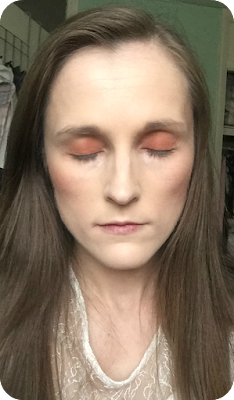 tawny blusher doubles up as eyeshadow