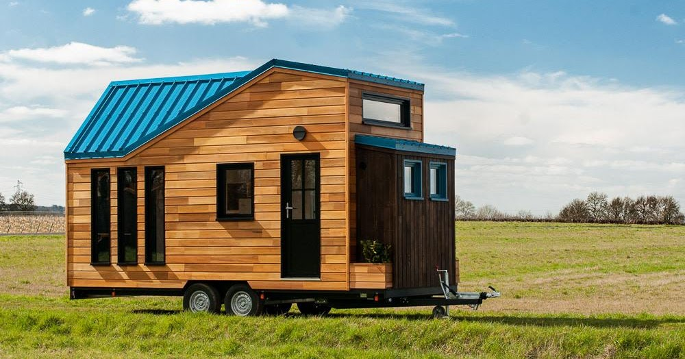 tiny house town essen 39 ciel tiny home from baluchon. Black Bedroom Furniture Sets. Home Design Ideas