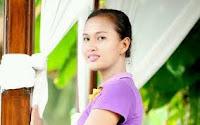Lirik Lagu Bali Dwi Naraiswari - Nina Bobok