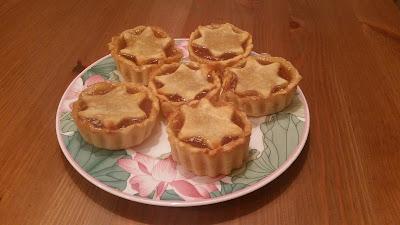 Pastelitos de manzana y canela navideños