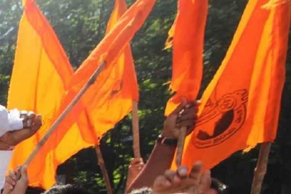बजरंग दल कार्यकर्त्ता दीपक कुशवाहा की हत्या के बाद लगाए गए कर्फ्यू में दी गयी ढील