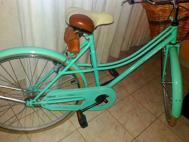 Policía recuperaró bicicleta robada mientras la usaban