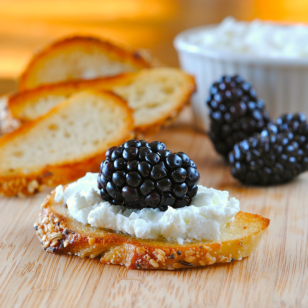 Finger Food Appetizers: JULES FOOD...: CHEVRE...Real Goat Cheese