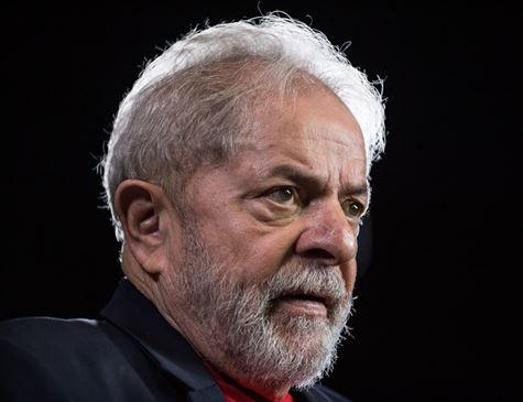 Lula diz que não irá a Curitiba para se entregar à Polícia Federal