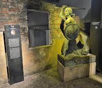 Reproducción de la sirena de Varsovia, Museo de la Insurrección de Varsovia