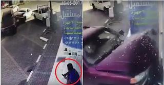 حادث تصادم ينتهي بمقتل رجل جالس على الرصيف
