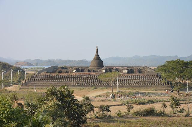 Temple aux 80 000 statues à Mrauk-U