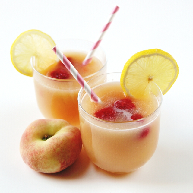Sweet and Simple Peach Lemonade.