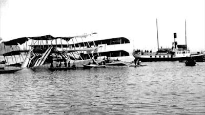 Caproni Ca.60 kazası, sulara gömülmeden hemen öncesi...