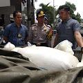 Campuran Bumbu Makanan, Polisi Sita Puluhan Karung Terigu  Kadaluarsa