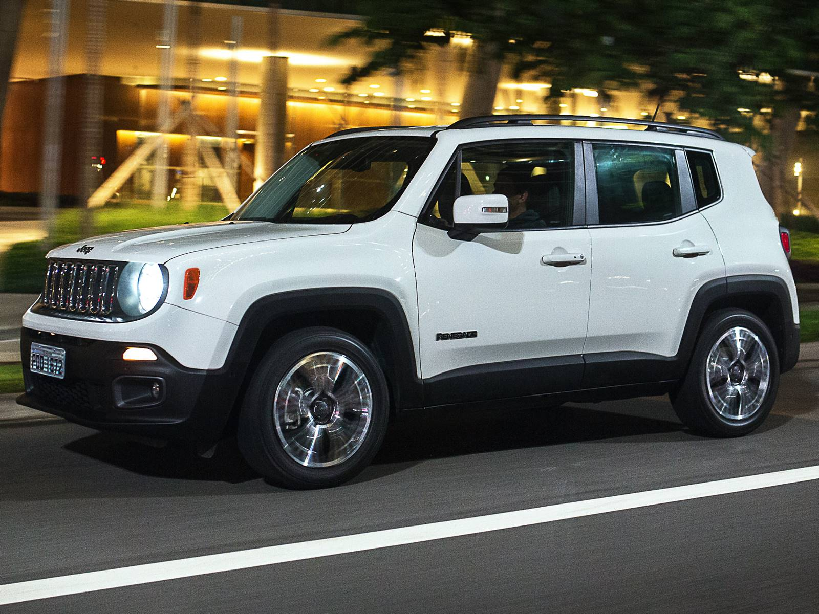 jeep renegade 2016 nova tabela traz aumento de pre os car blog br. Black Bedroom Furniture Sets. Home Design Ideas