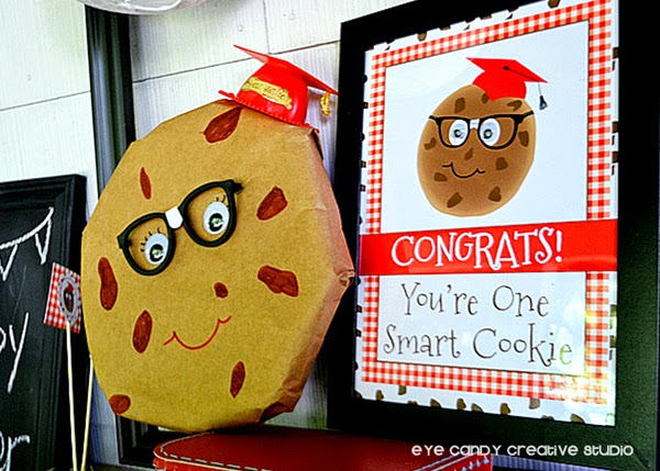 congrats sign, cookie sign, milk & cookies, grad cap, nerd glasses