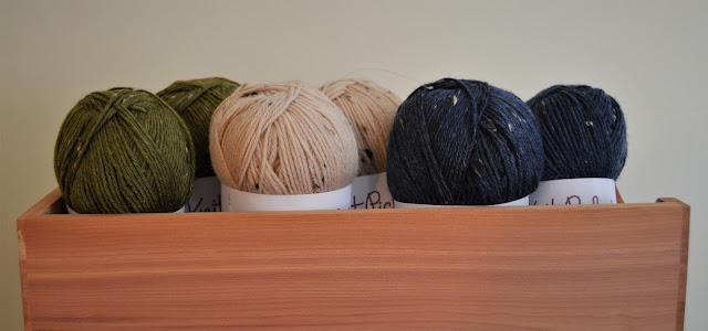 http://shrsl.com/16t6f  value pack of Stroll Tweed from Knit Picks Dill, Oyster and Prussian heather