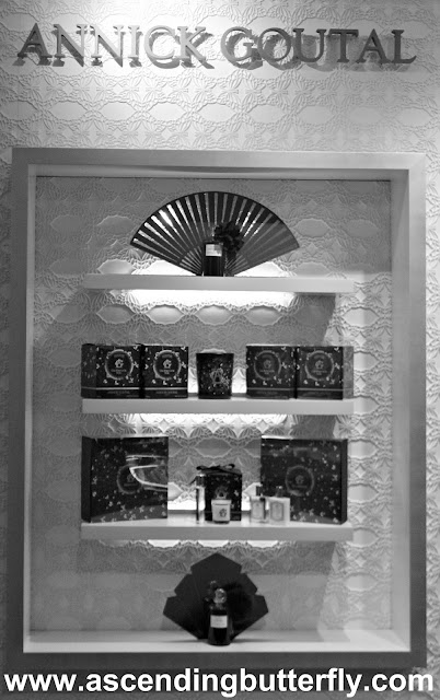 @Sniffapalooza @AnnickGoutalUS Night Birds Holiday Celebration! #Scent #Perfume #Luxury #Fragrance #HolidayParty, Madison Avenue Store Display Black and White, Black and White Photography