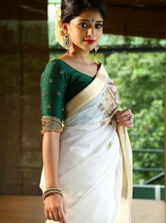 34 Gold Kasavu Saree Blouse Patterns With Simple Work On Neckline
