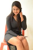Neha deshpande new sizzling pics-thumbnail-3