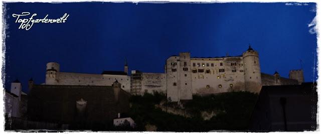Festung Hohensalzburg im Abendlicht