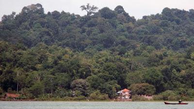 Nusakambangan prison island