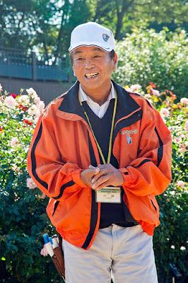 グリーンパークバラ園技術顧問 小林博司先生