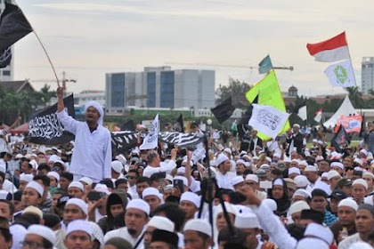 Damai 212: Kami Tak Lagi Bersama Prabowo, Kami Masih Terus Berjuang, Kami Tak Mentoleransi Kecurangan