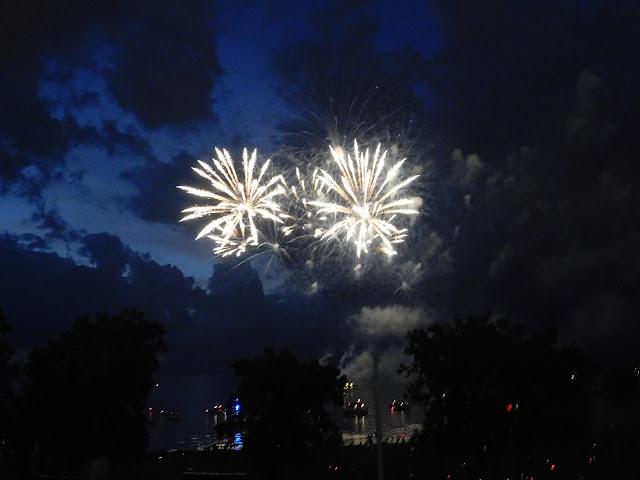 Cleveland Metroparks centennial fireworks
