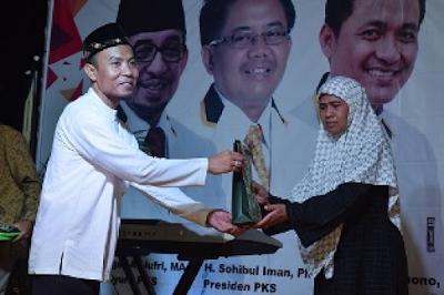 Aisyah Dahlan, Kader PKS Semarang Paling Produktif