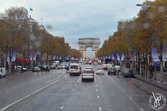 arc de triomph, cars, road, trees, shopping street