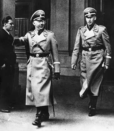 Himmler worldwartwo.filminspector.com