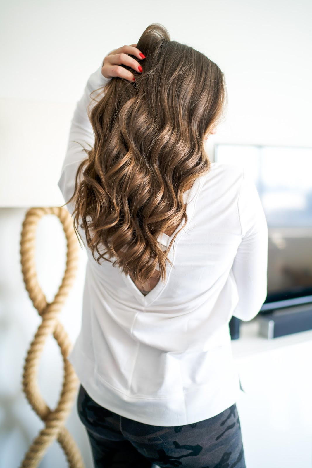 How to Curl Your Hair Tutorial by popular New York style blogger Covering the Bases