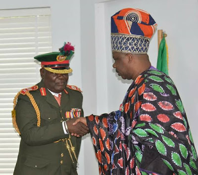 Amosun Urges Support for Families of Fallen Soldiers