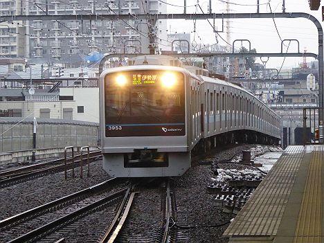 小田急線における区間準急の存在価値はこれだったのか!