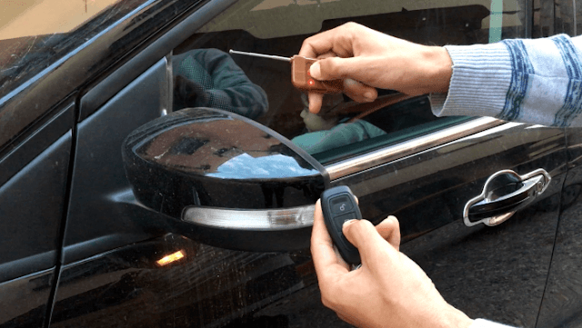شاهد هذا الجهاز الخطير الذي يستعمل في سرقة السيارات بجميع انواعها وكيف تحمي نفسك منه