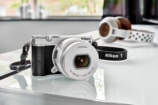 Nikon 1 J6