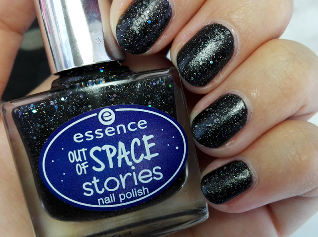 Essence Out of Space Stories Nail Polish 07 1000 Light Years Away Swatch