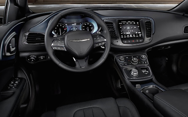 2015 Chrysler 200 interior