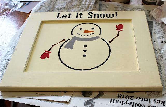 Child's Room Snowman Wall Hooks Sign #childsroom #snowman #stencil #kidswinterwear