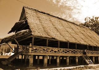 Keunikan Sejarah Rumah Adat tradisional Baileo Maluku Tempat Wisata Keunikan Sejarah Rumah Adat tradisional Baileo Maluku
