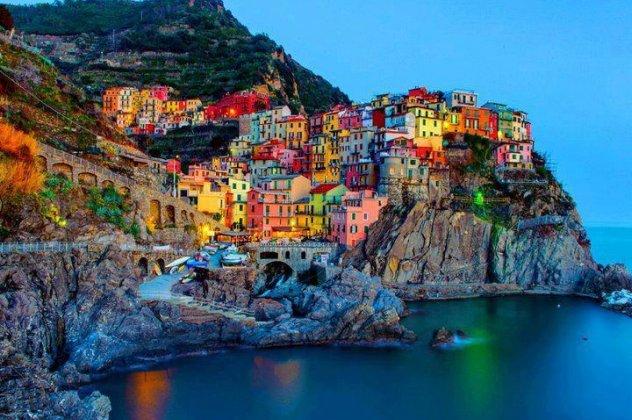 7 εντυπωσιακές πόλεις πάνω σε βράχια!