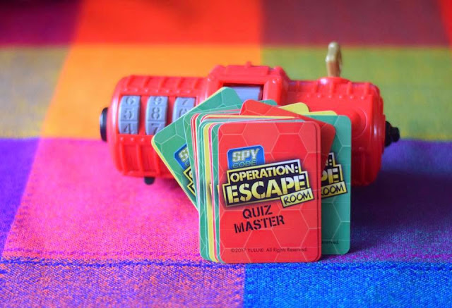 Spy Code Operation: Escape Room - the quiz master cards red