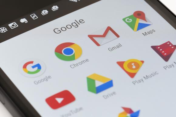 Peste 200 de aplicaţii Android, infectate cu adware