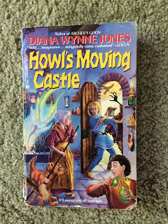 Howl's Moving Castle paperback