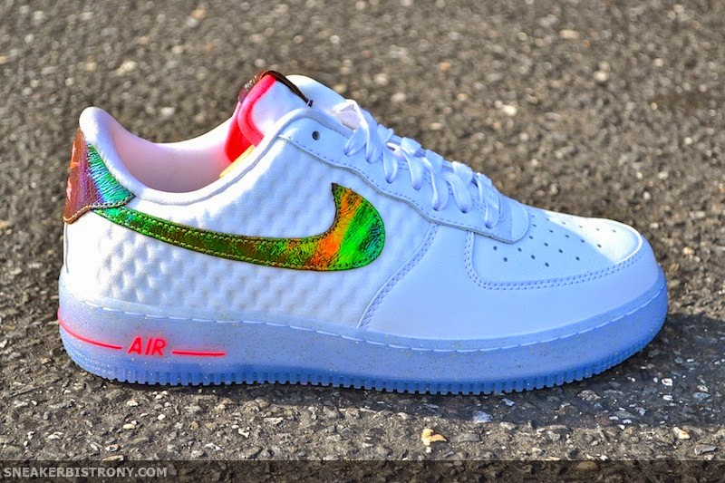 factory authentic b6282 45fca Nike Air Force 1 Low PRM QS ( 135)