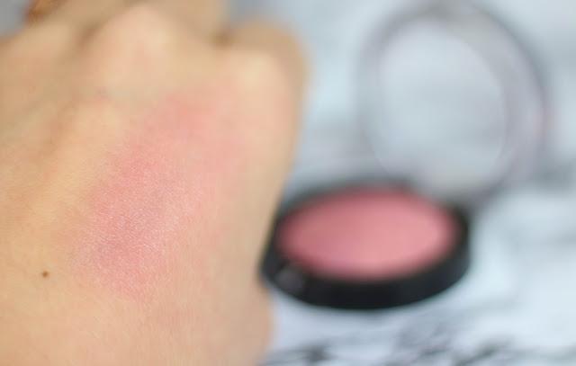 Blush Seductive Pink Puff Blush Swatch
