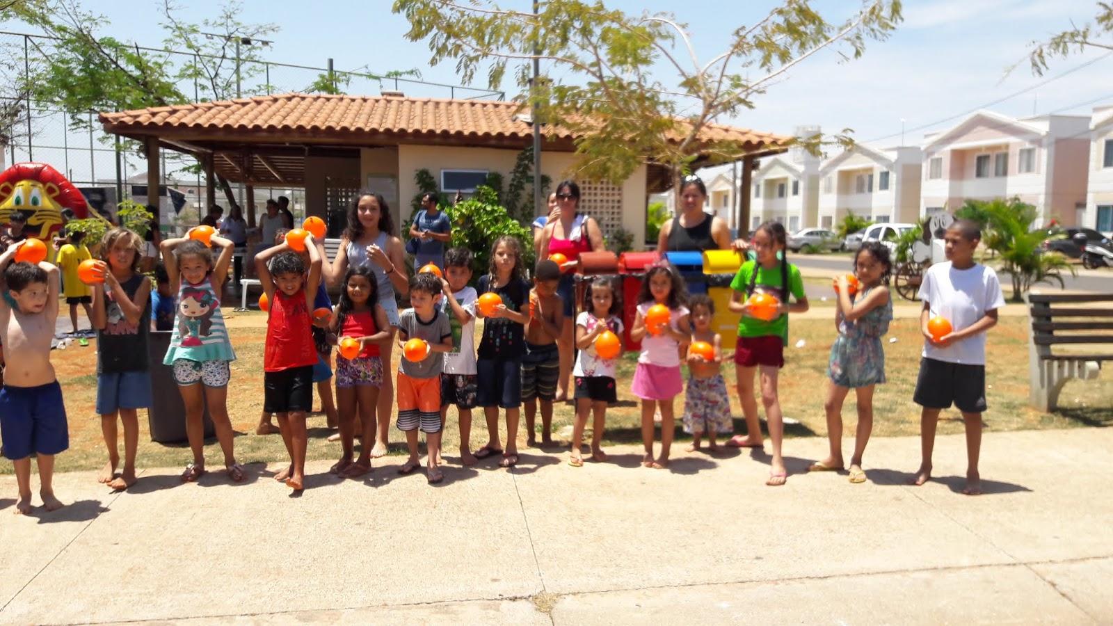 20181012 112549 - 12 de outubro teve festa para as crianças no Jardins Mangueiral
